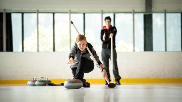 Initiations au curling